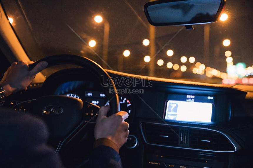 Mơ thấy lái xe