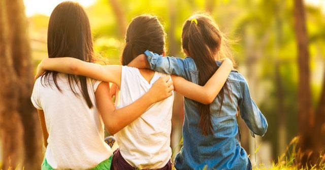 Mơ thấy bạn bè