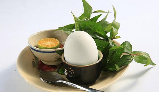 Mơ thấy trứng vịt lộn